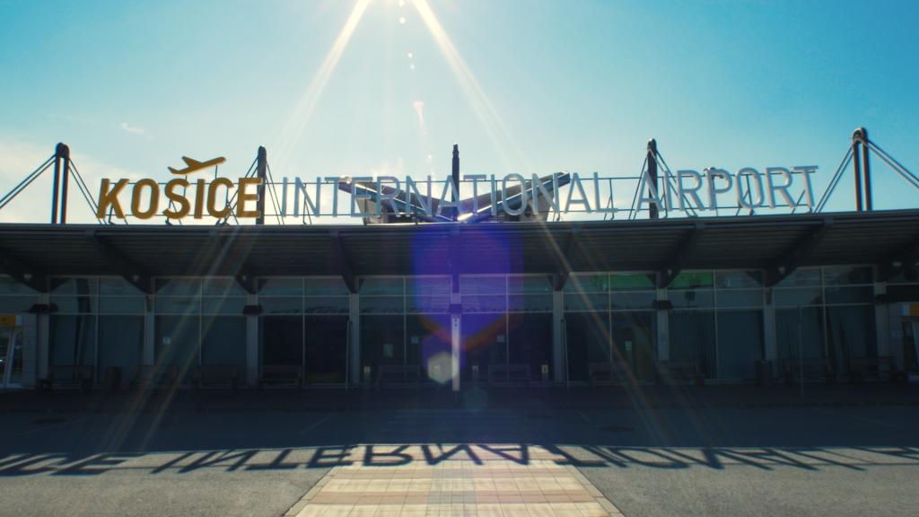 terminal_den