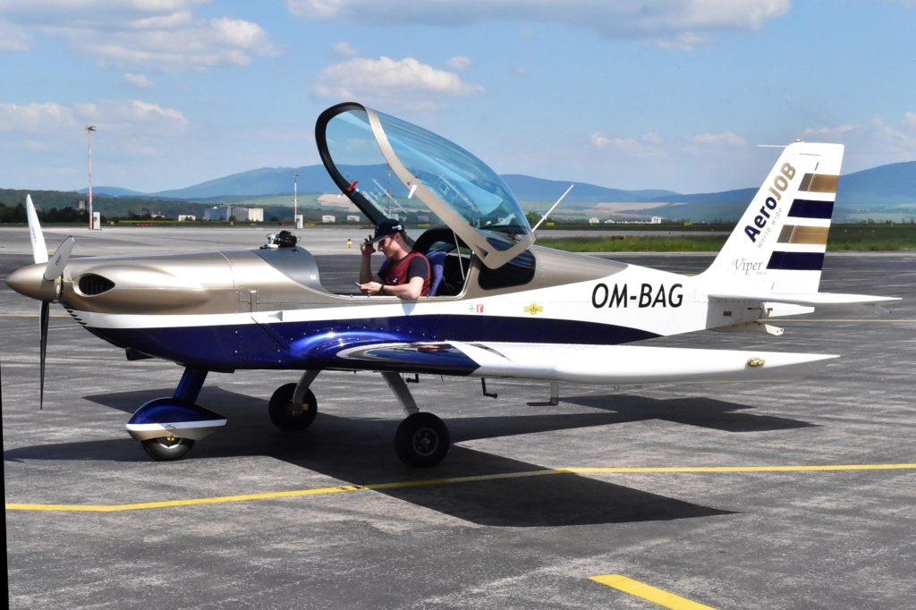 Lietadlo Viper SD-4 RTC OM-BAG